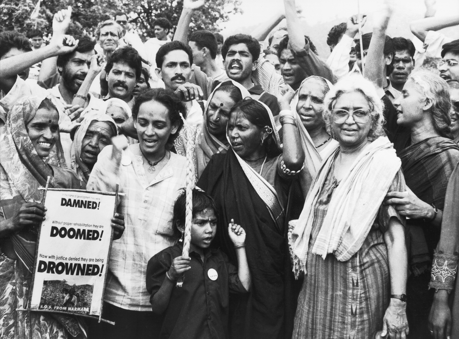 In 1985, Patkar began mobilising massive marches and rallies against the Sardar Sarovar Dam.